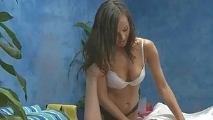Rub-down therapist Riley Sinn gives a lil' more than massage!
