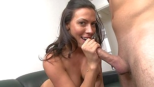 This enthusiasm dark-haired with big melons is giving deep blowjob